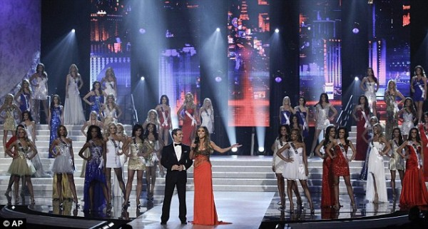 Miss USA 2012 Hosts Andy Cohen and Guiliana Rancic