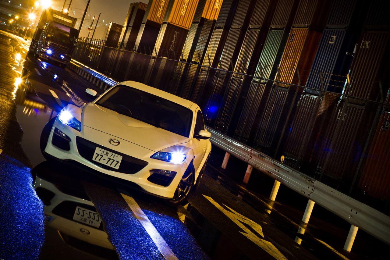 Mazda RX-8, przód, reflektory, nocna fotografia, wankel, rotary, ciekawy samochód, unikalny