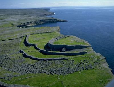 las fortalezas vitrificadas de Escocia