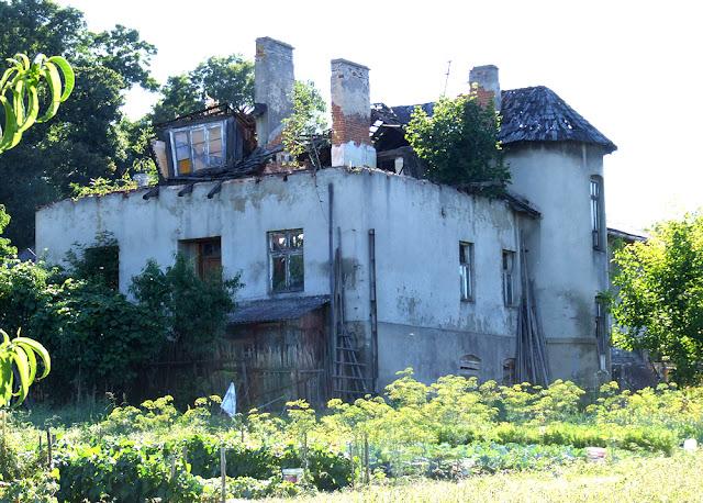 Borkowice. W tym domu mieszkał rządca Weber. Foto. Jacek Lombarski.