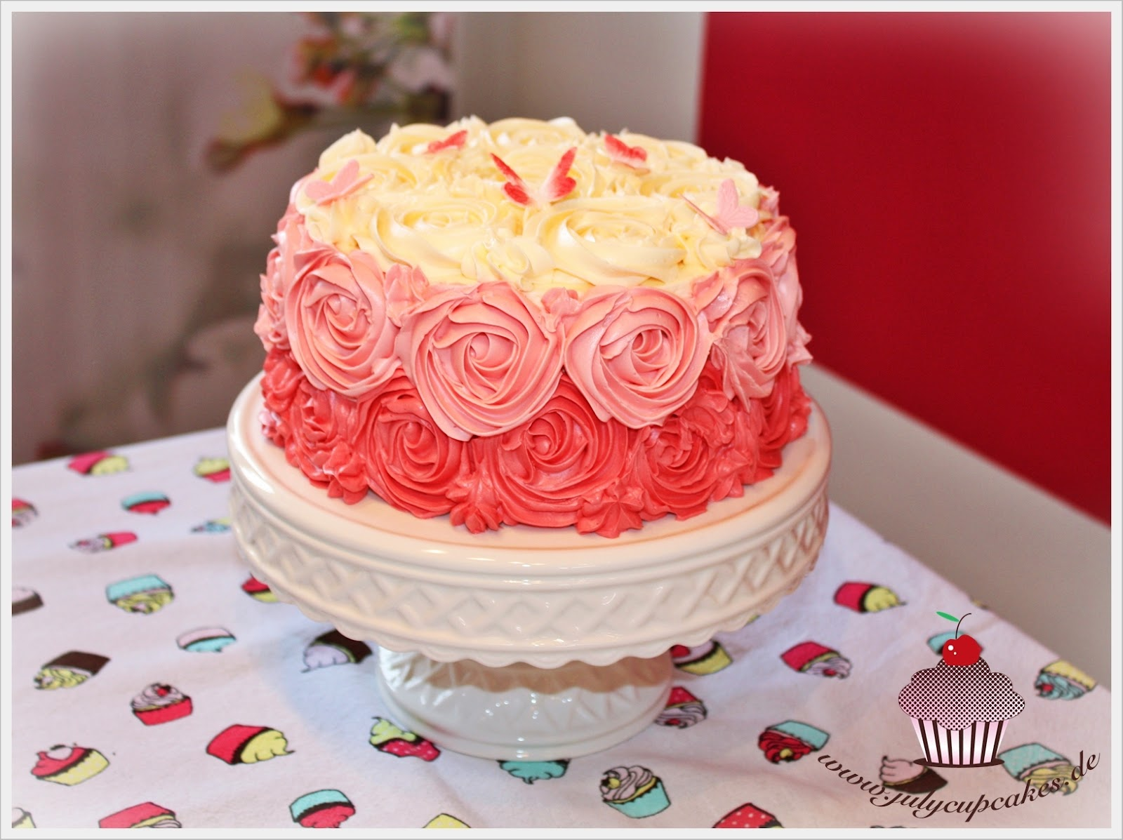 ... Cupcakes and Cakes World: RED VELVET CAKE WITH CREAM CHEESE FROSTING