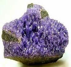 https://prezi.com/7bezjgbq99cr/las-rocas-y-los-minerales/