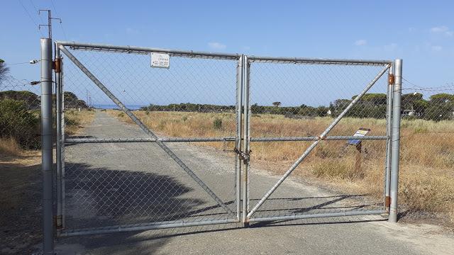 Petición al Ayuntamiento de Almonte para que se abra el camino a la Torre del Loro