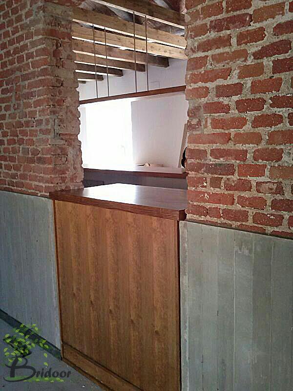 Bridoor s l rehabilitacion club de campo madrid barra for Puertas de cocina de restaurante