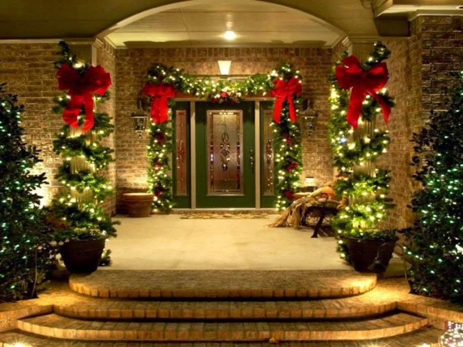 Cute pinterest christmas decor outside for Seasonal decorations home