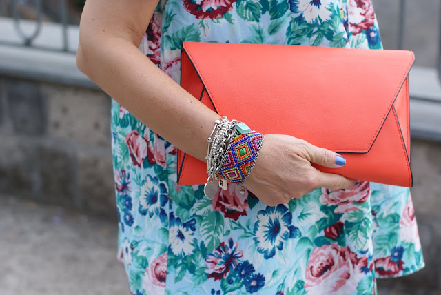 Zara orange clutch, Chanel bel argus nail polish, Fashion and Cookies, fashion blog
