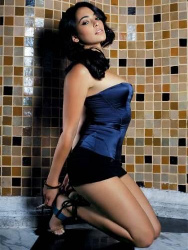 http://1.bp.blogspot.com/-kS-NdLZjyTE/T4vjn_P1U7I/AAAAAAAAAPA/fWhaqAxfTrw/s1600/Natalie_Martinez_Hollywood_Actress+(1).jpg