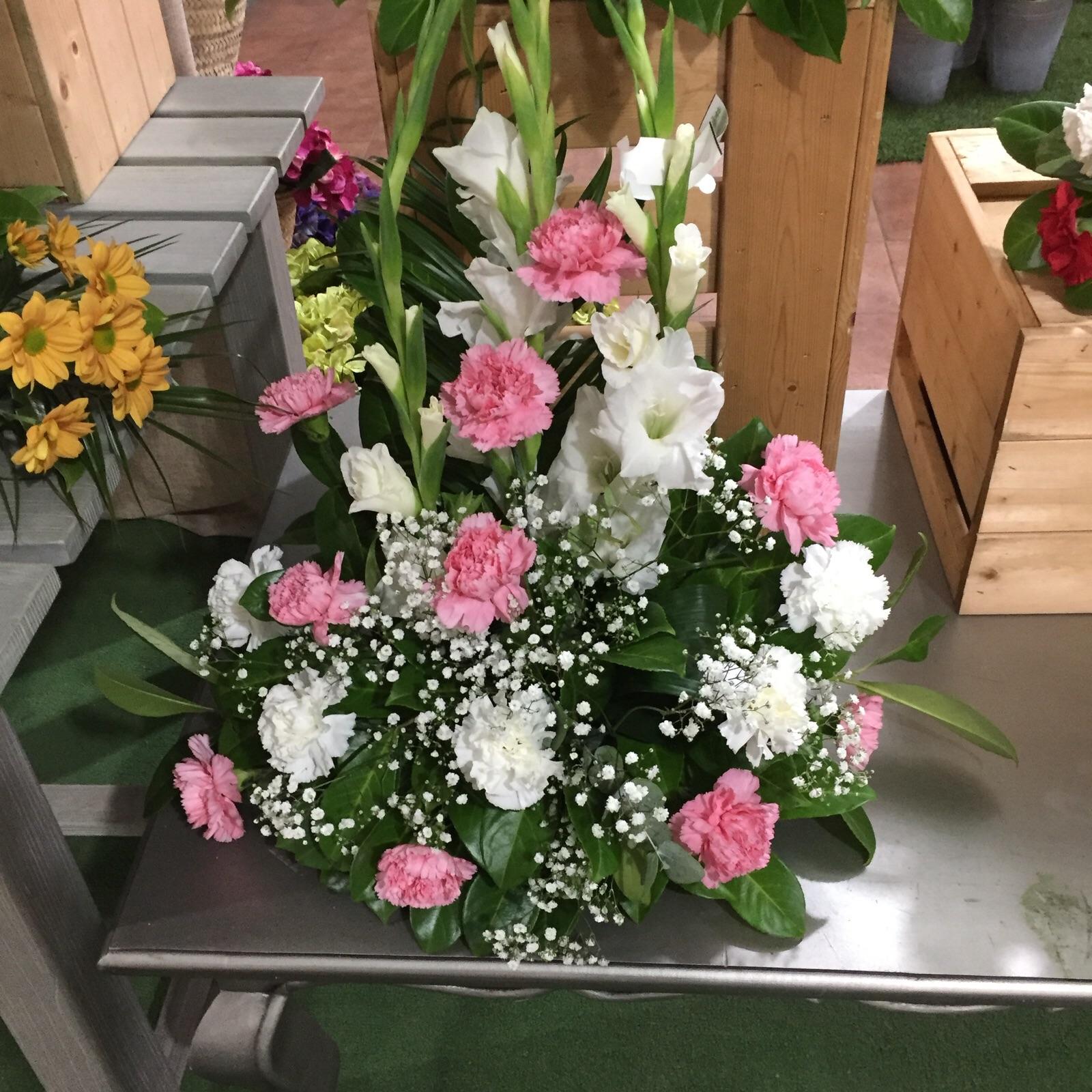 a continuacin los exclusivos centros de flor natural por nuestrs experts florists con el diseo exclusivo y la calidad garantizada por