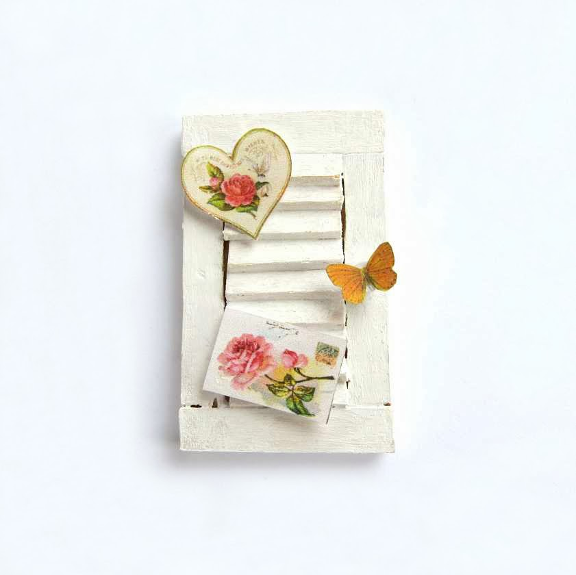 Shabby chic shutter in miniature for dollhouse