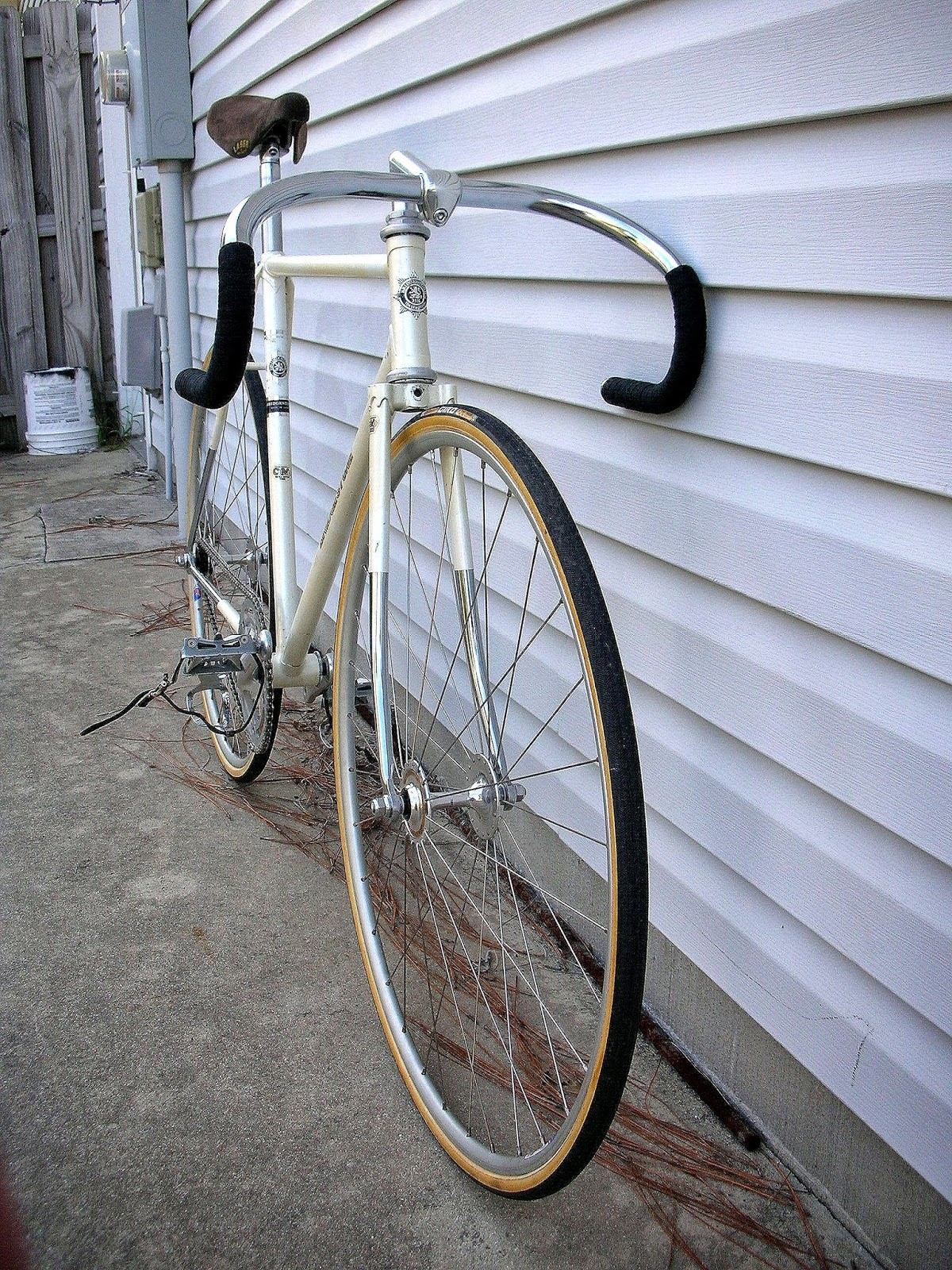 The Broken Spoke: 1970 54cm Bridgestone Track Bike