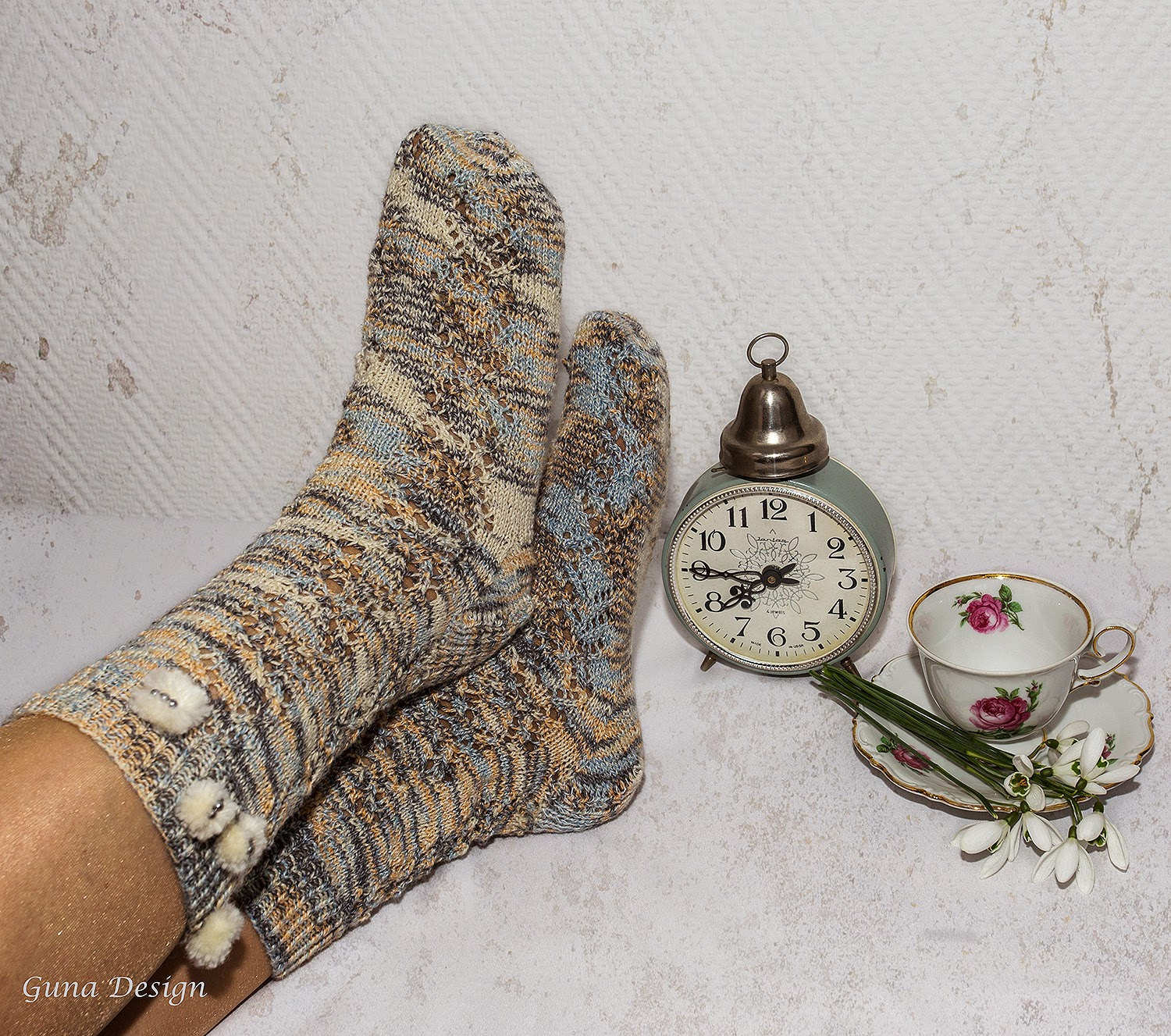 knitted woolen socks gunadesign