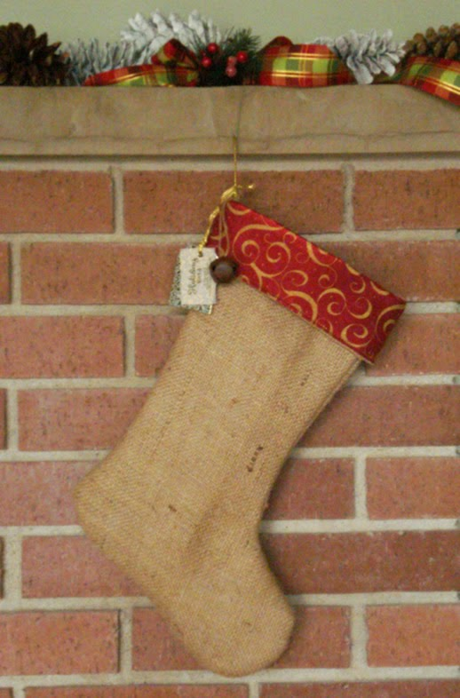 Lina and Vi - Holiday Collection - Burlap Christmas Stockings - linaaandvi.blogspot.com