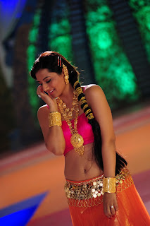 Isha Chawla Spicy Pink Choli Orange Lehenga Stunning Traditional Attire Item Song