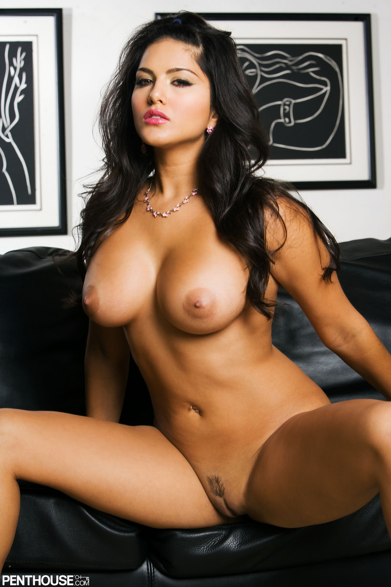 Sunny leone big boobs