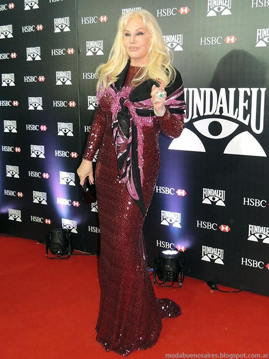 Look de Susana Gimenez  vestido de fiesta, moda alfombra roja Fundaleu.