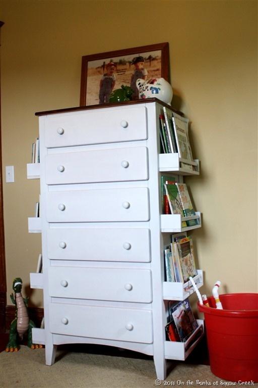 Ikea Hochbett Mit Schreibtisch Und Regal ~ Regalfläche an Kommoden Seitenwänden  ein schneller Selbermachen