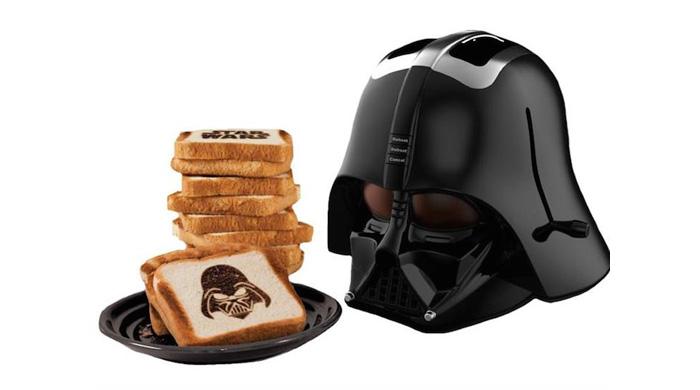 La tostadora Darth Vader cocina al Señor Oscuro en tu pan