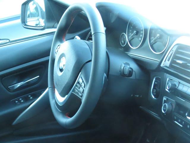 BMW 320i Flex 2015 Sport GP  - interior