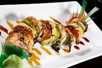 elaborate sushi roll