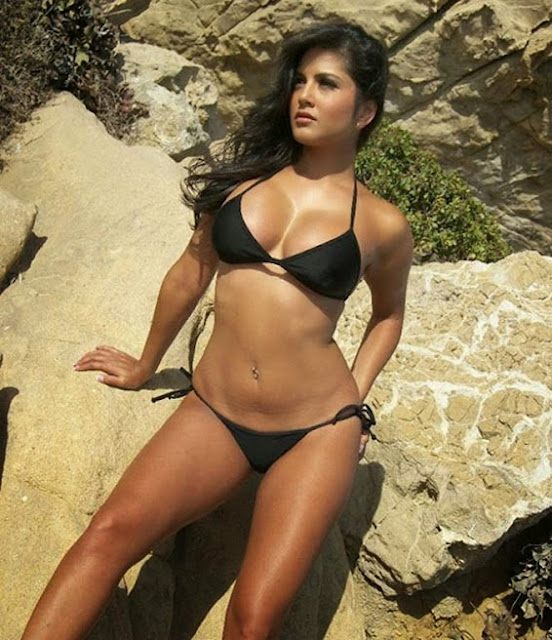 Sunny Leone taking off her black bikini while sunbathing