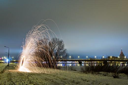 Lightpainting in night by akwiinas