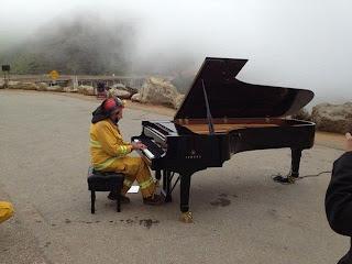 Pianista y neblina.
