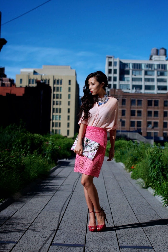 pink,fiftyshades,accessories,skirt,ootd,ootn,shallwesasa,nyc,highline