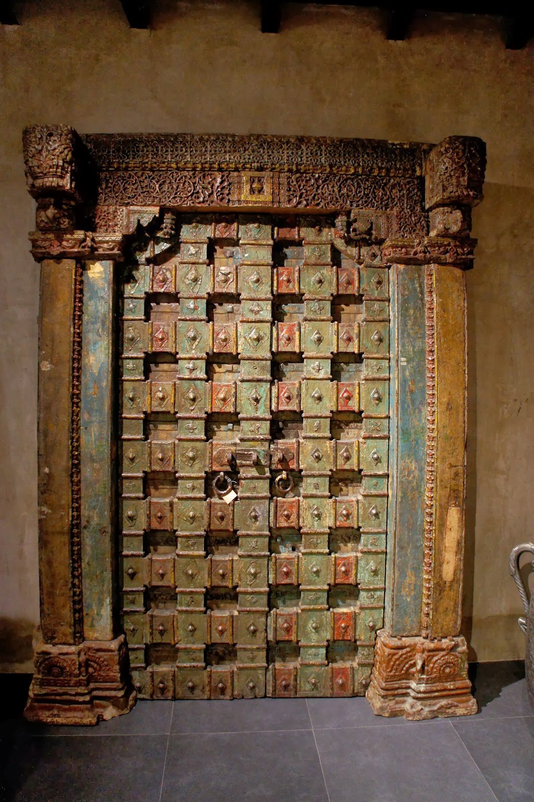 As you come in you will see a selection of architectural salvage - like these original doors from Jaipur palaces. & BombayJules: The Big Door (Mumbai) : Interiors u0026 Jewellery