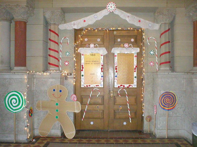 Post your favorite christmas door decorations for M m door decorations
