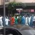 Nigerianos fazem protesto em São Paulo EXIGINDO Bolsa Família (vídeo)