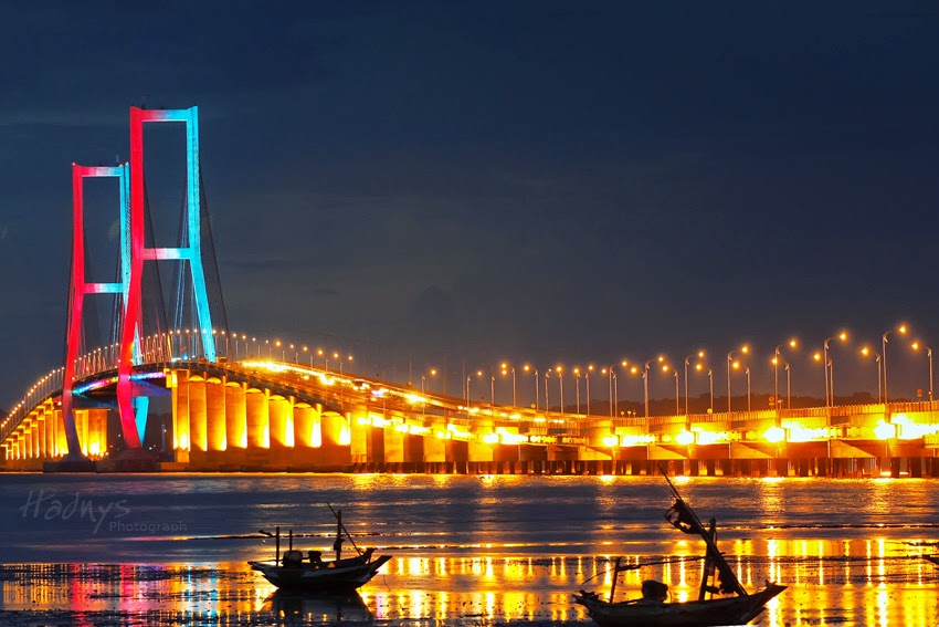 Jembatan Suramadu ( Surabaya – Madura )