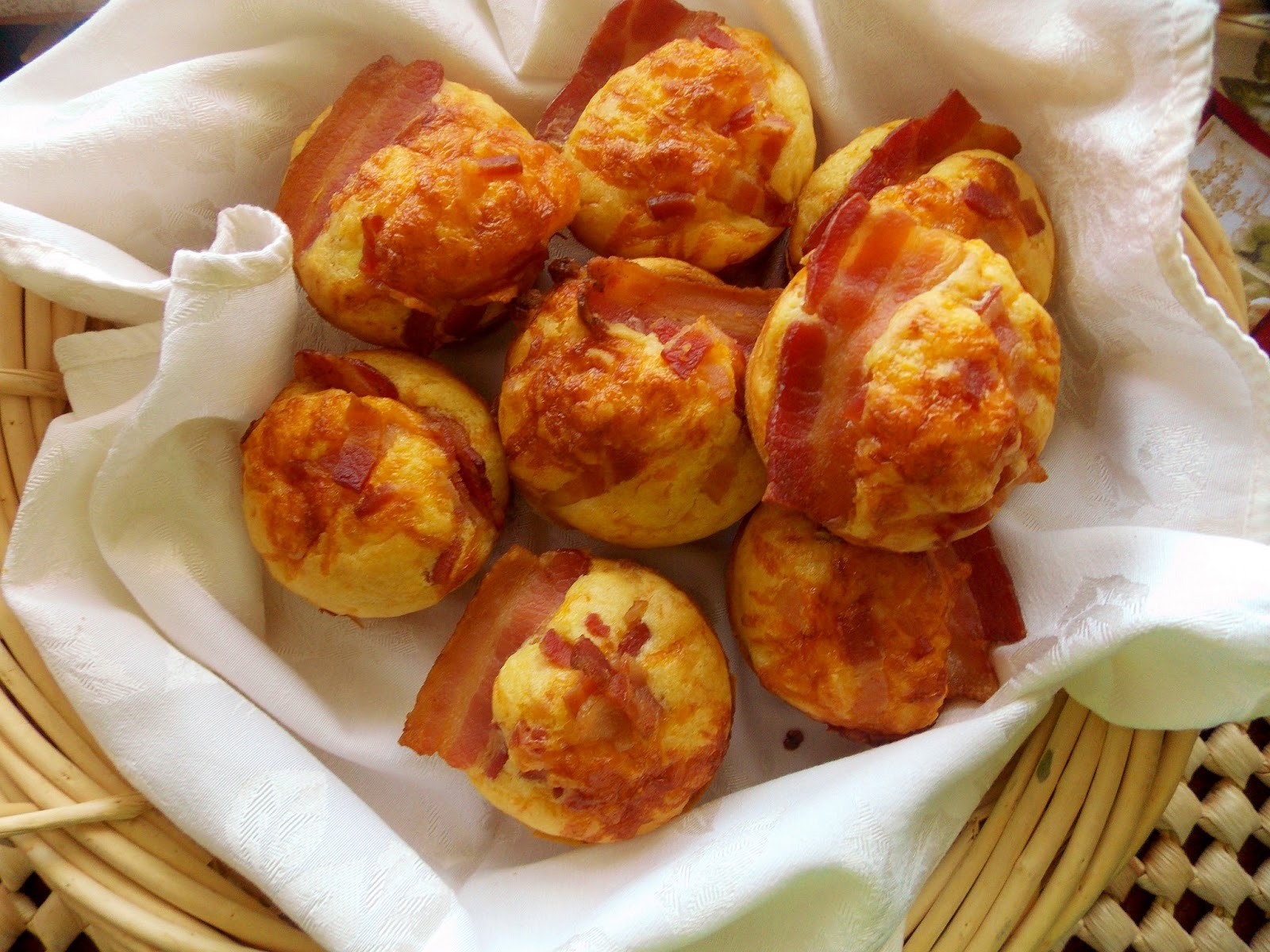 Food and Thrift: Bacon-and-Egg Muffins