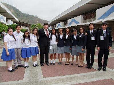 colegio logos guayaquil: