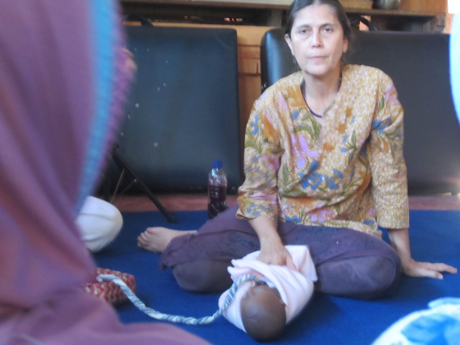 Lotus birth of a child in Bali: the story of a mother 66