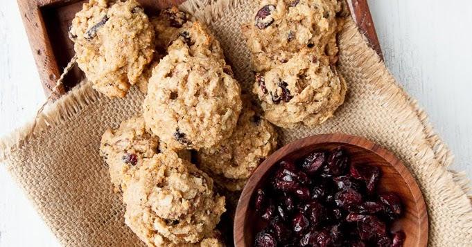 Silva: Quinoa Oatmeal Cranberry Cookies