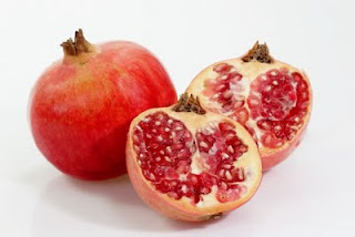 buah delima masak