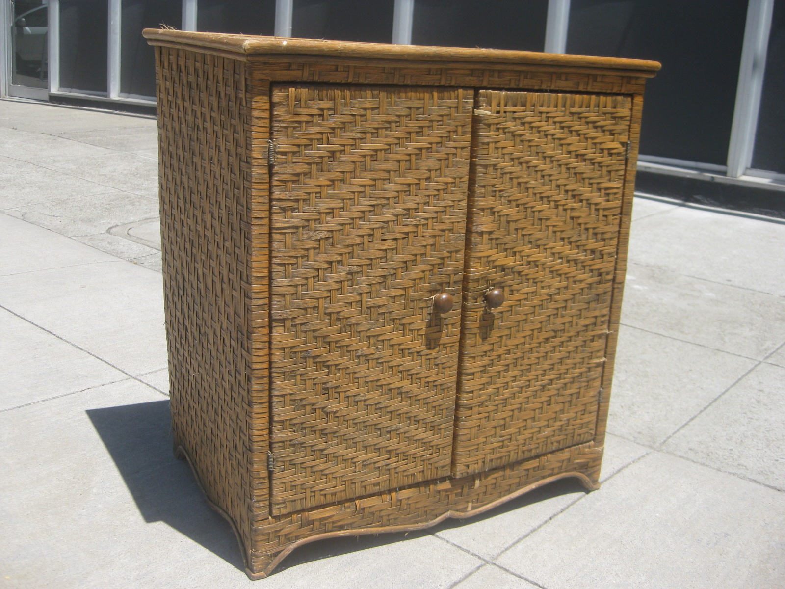 Amazing SOLD   Wicker Cabinet   $40