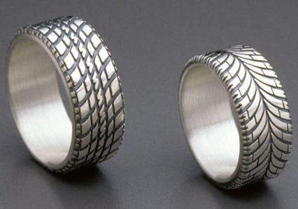 tire ring vtxoa - Redneck Wedding Rings