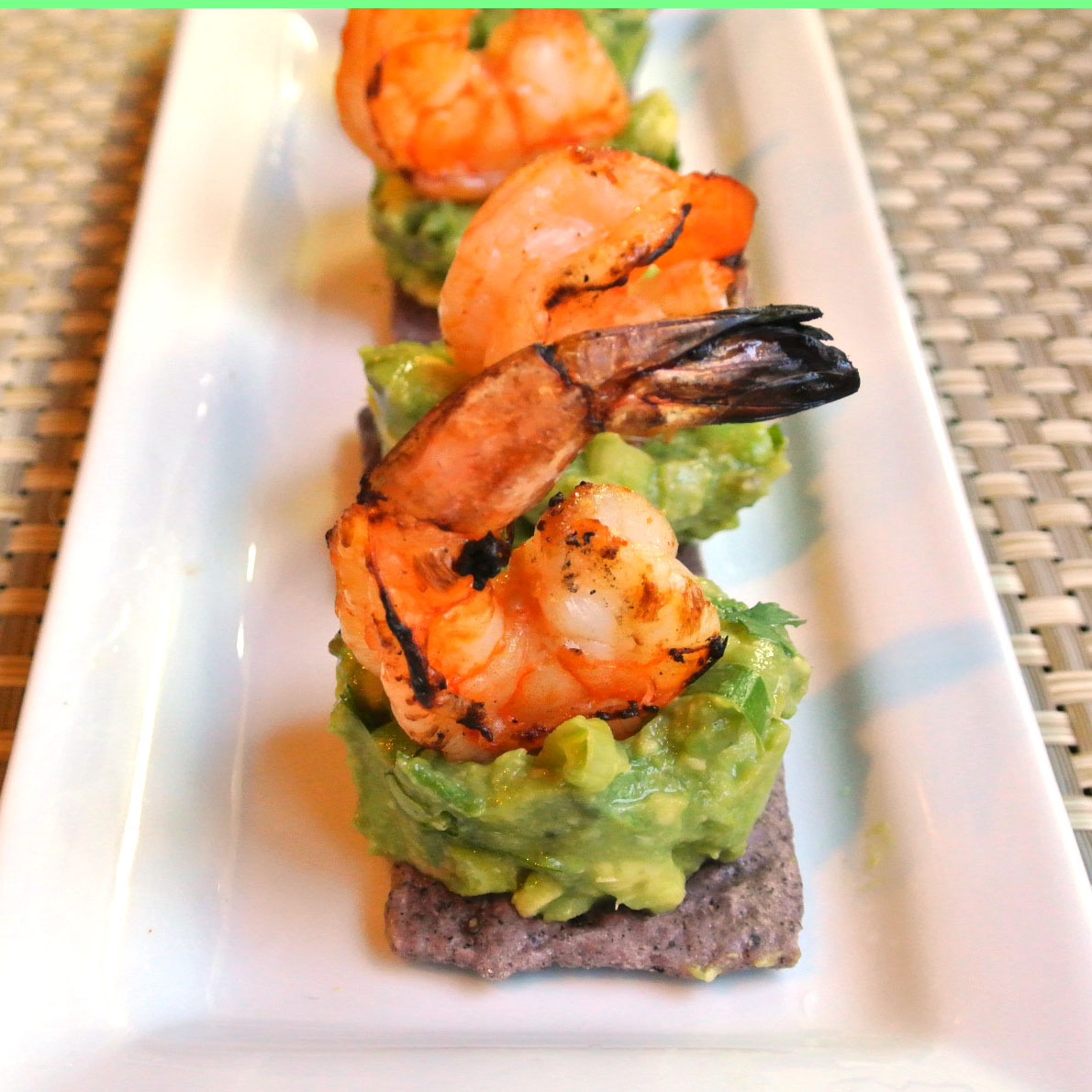 Mom what 39 s for dinner spicy prawns with zesty avocado for Shrimp canape ideas