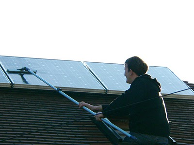 how to clean pv solar panels