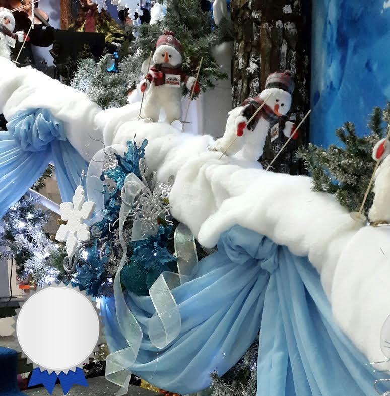 101 fiestas escalera decorada de navidad - Escaleras decoradas en navidad ...