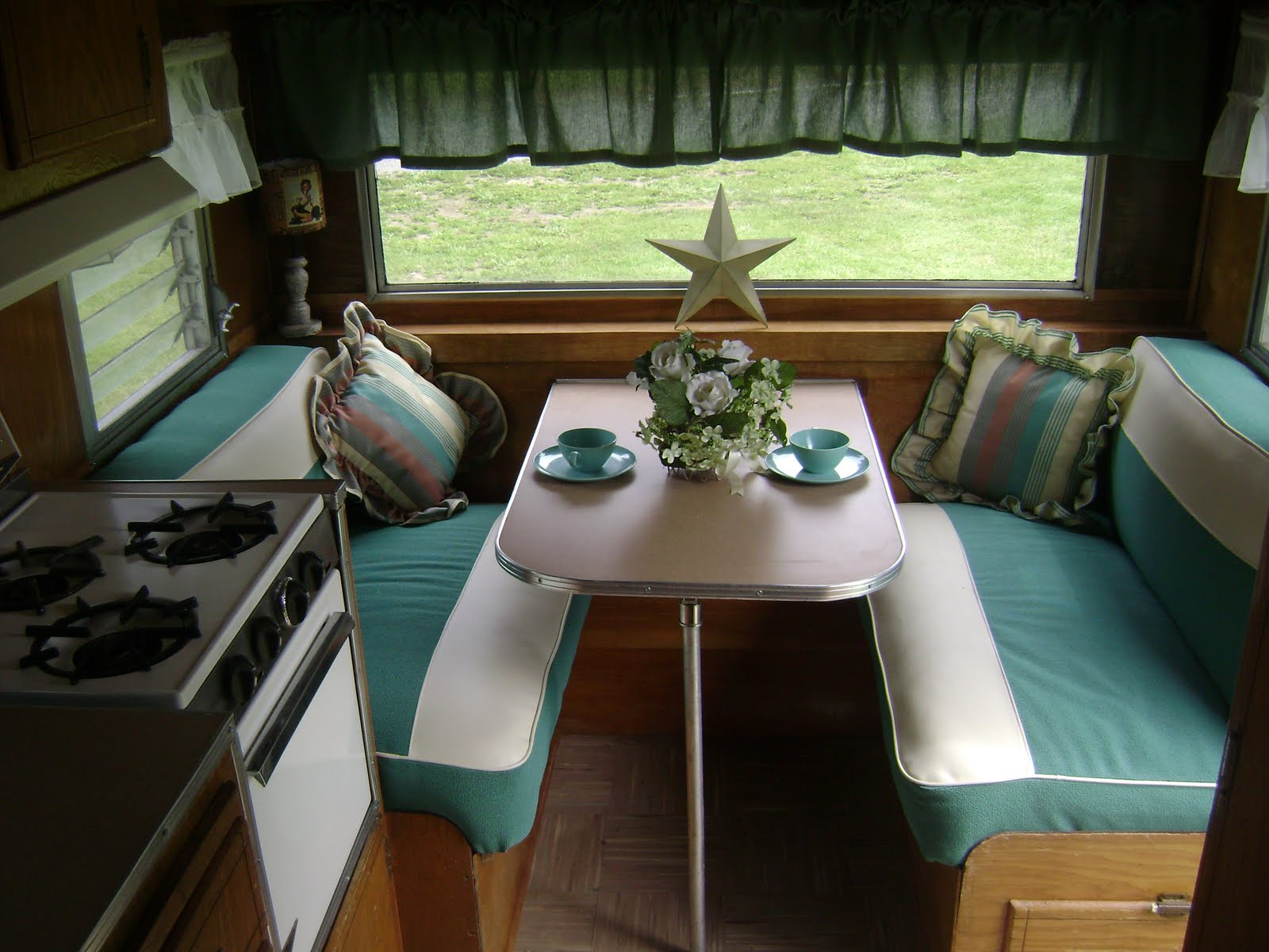 Amys vintagetrailers for sale vintage dalton canned ham Vintage interior