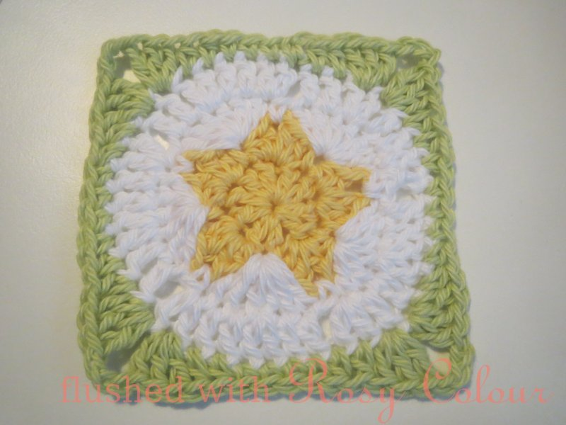 Flushed With Rosy Colour Star Granny Square Free Pattern