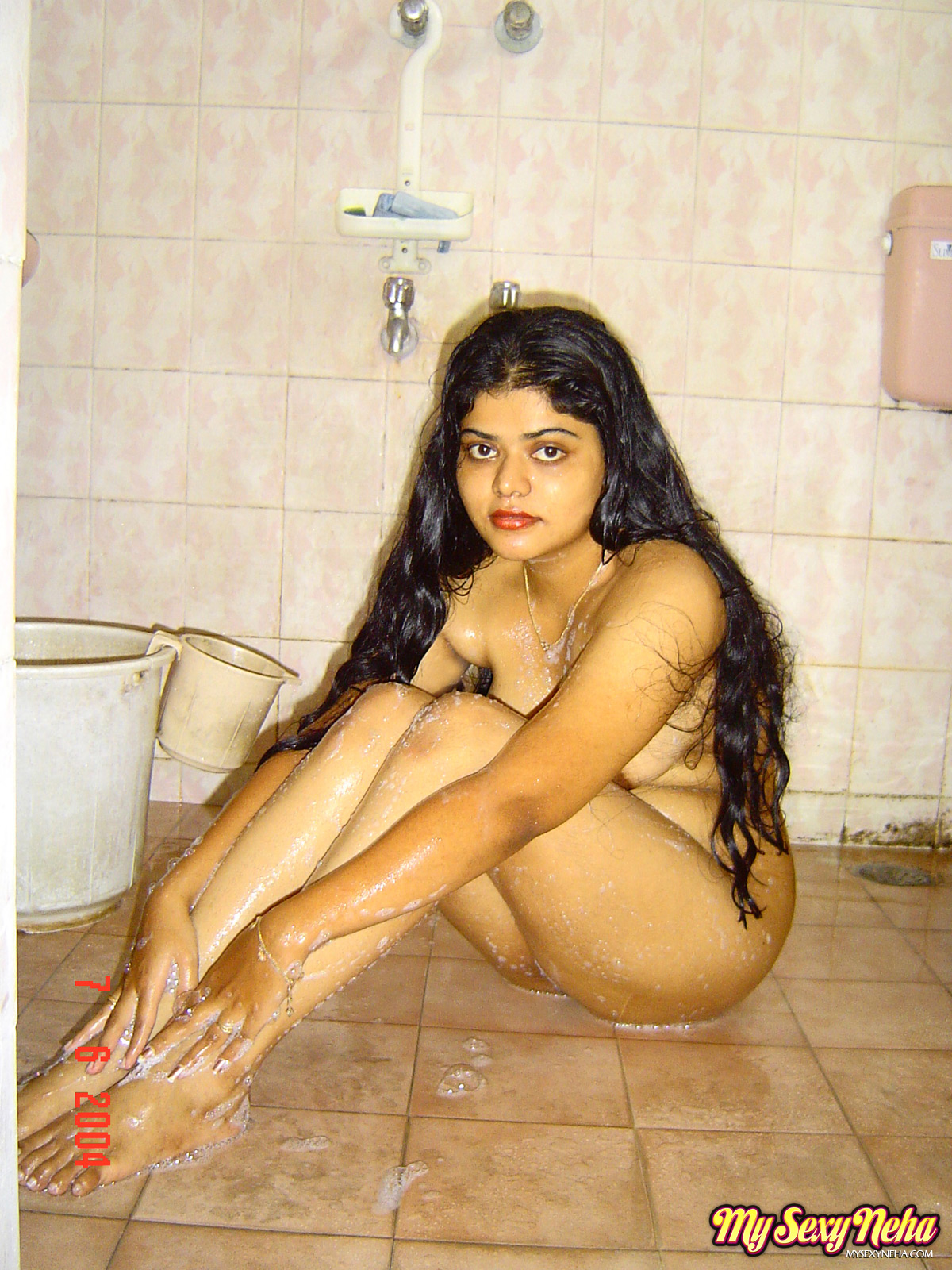 indian nude bath images