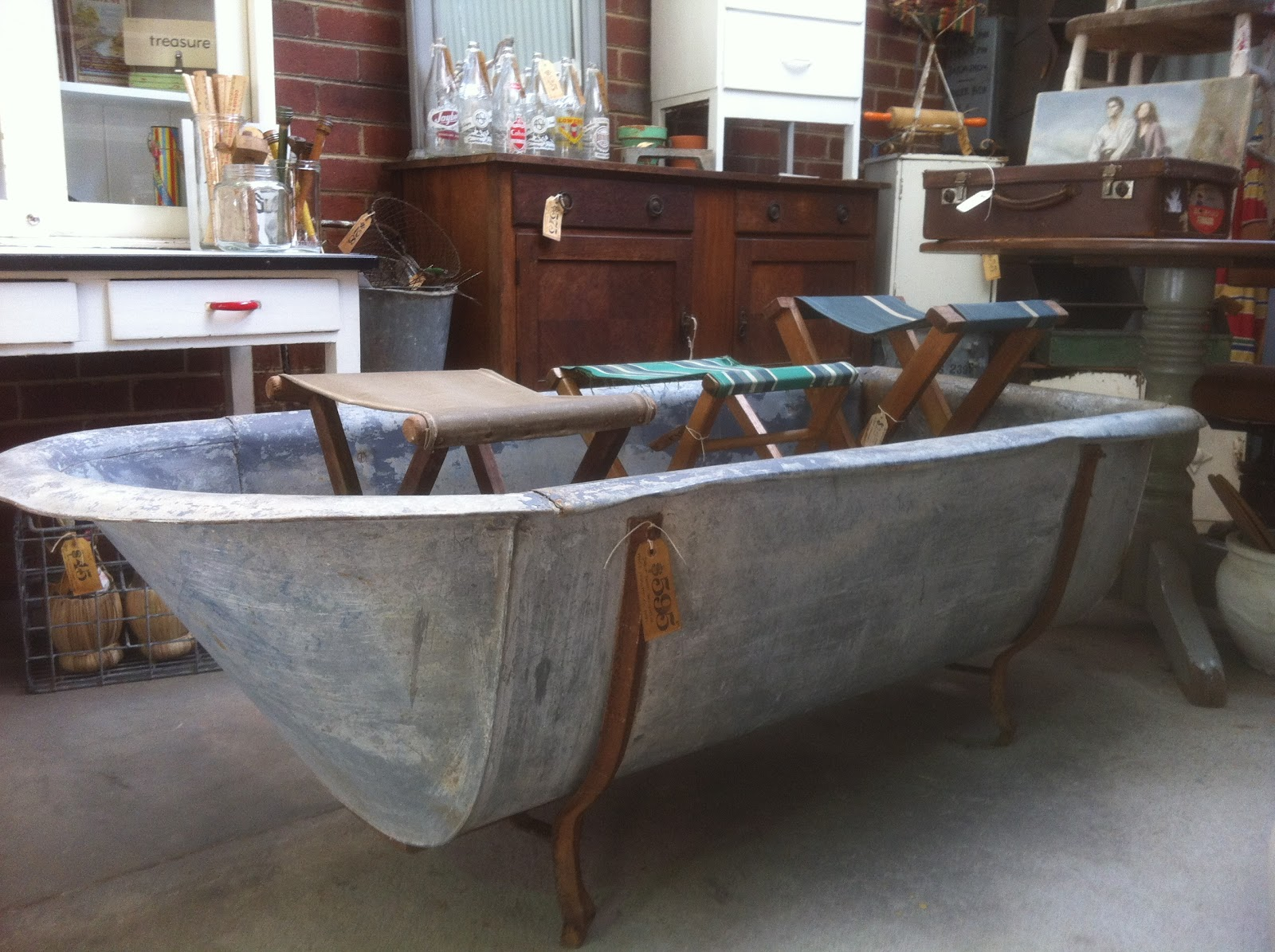 Shabby Vintage Junk: Whats NEW down at The Vintage Shed....?