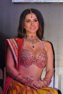 Sunny Leone Latest Hot images | Stills | Photo as item dancer in Bollywood