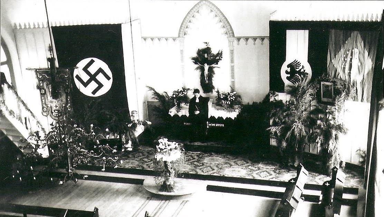 """Igreja Luterana, situada na Rua Bernardo Mascarenhas """"Demolida"""", hoje, Supermercado Bahamas."""