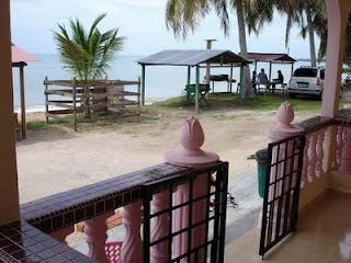 Chalet Permata Lokasi Pantai Pengkalan Balak