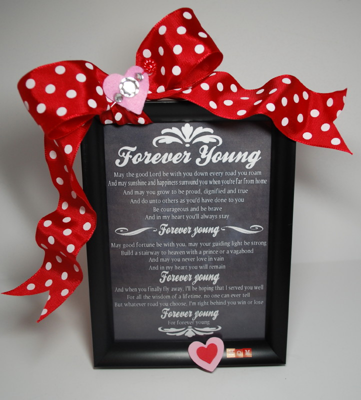 Memorable Wedding Gifts For Bride And Groom : ... Wedding: Make Their Wedding Special With Personalized Wedding Gifts