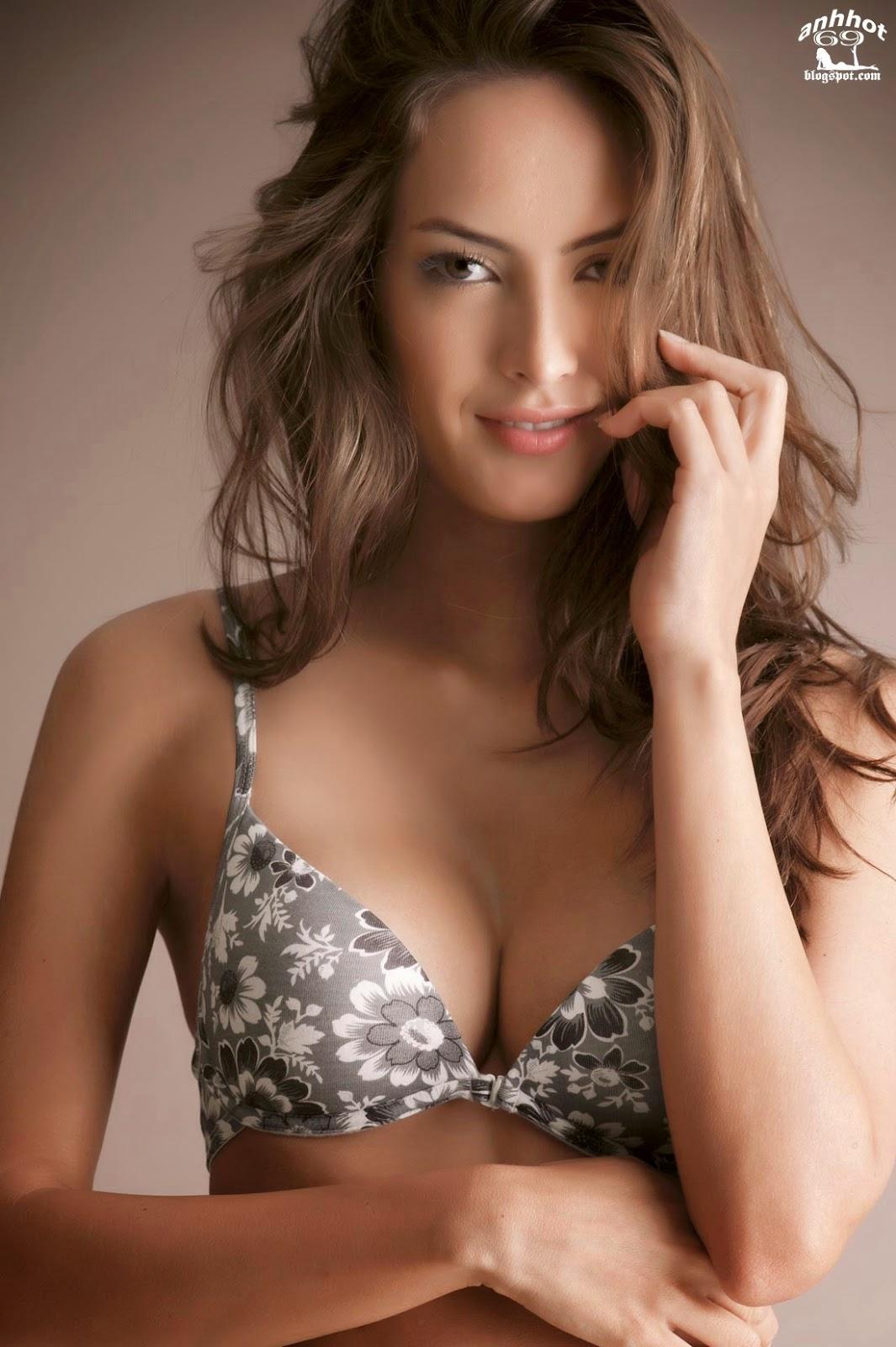 Macri_Elena_V_lez_S_nchez_lingerie_51
